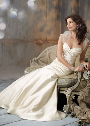 Jim Hjelm Bridal Dresses Style 8106 by JLM Couture, Inc.